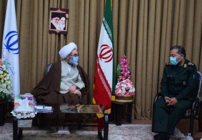 اقتدار نظام اسلامی مرهون تلاش های سپاه و بسیج است