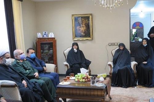 فرمانده سپاه گیلان با خانواده «سردار شهید حاج محمود قلیپور» دیدار کرد