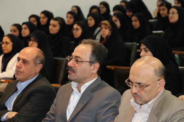 رئیس هیئت اجرایی انتخابات شهرستان رشت از ابلاغ کتبی صلاحیت داوطلبان انتخابات شوراها ، از دوم اردیبهشت خبر داد.